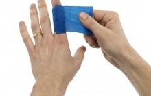 SoftFoam Blue hand_300dpi
